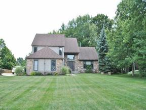 Property for sale at 2015 Valley Park Cir, Broadview Heights,  OH 44147