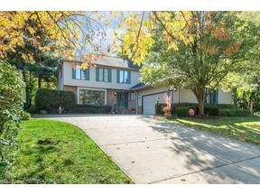 Property for sale at 6460 North Aintree Park, Mayfield Village,  OH 44143