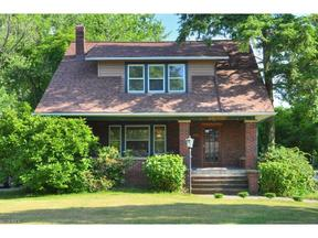 Property for sale at 26047 Lake Rd, Bay Village,  OH 44140